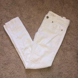 American Eagle White Long Skinny Jeans